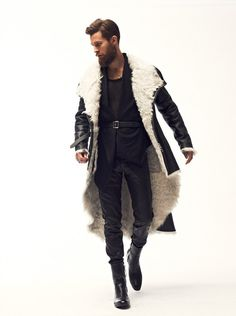 Dominic Louis Fall/Winter 2013 - Men: Long wool-lined black leather coat.Men: Long wool-lined black leather coat. Mode Masculine, Looks Style, Style Me, Moda Formal, Look Man, Inspiration Mode, Mode Style, Well Dressed, Mens Fashion
