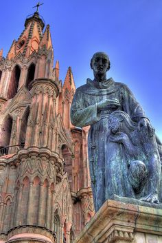 Fray San Miguel - Great photo! South Of The Border, Spanish Colonial, Mexican Art, Place Of Worship, Great Photos, South America, Mexico, Castle, Around The Worlds