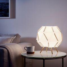 When it comes to shopping for your first apartment, there's 1 place everyone knows to start looking, and that's IKEA. 5 Best IKEA Items You Should Definitely Be Shopping for Your Apartment- My First Apartment Table Ikea, Diy Table, Plastique Recyclable, Design Simples, My First Apartment, White Table Lamp, Led Lampe, Affordable Furniture, Led Lamp