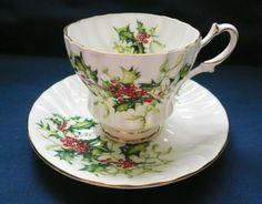 Queen Anne Holly & Red Berries ~ YULETIDE ~ TEACUP cup