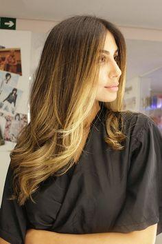O Ombré Hair foi a escolha da bela Stephannie Oliveira, que procurou nosso…