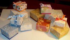 Scatoline origami realizzate con carta da parati.