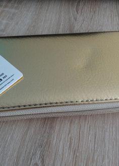 Kup mój przedmiot na #vintedpl http://www.vinted.pl/damskie-torby/portmonetki/10209272-portfel-z-przegrodkami-sinsay-zloty