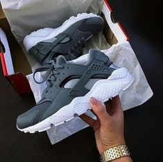 on sale b6cde 2d52d Follow me  kaitlyn munoz for more lit pins.✨  Sneakers Huaraches Shoes, Sock
