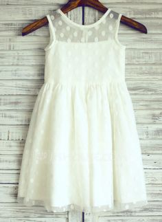 [AU$ 77.00] A-Line/Princess Knee-length Flower Girl Dress - Tulle Sleeveless Scoop Neck (010105758)