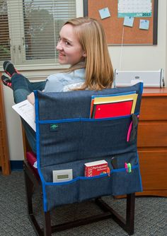 This Dorm/Desk Chair Pocket provides two large pockets and three small pockets to hold laptops, tablets, books, office and school supplies and