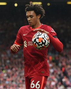 Alexander Arnold, Burnley, Football Players, Football Soccer, Liverpool Fc, Manchester, Cute, Arnold Wallpaper, Thailand