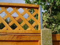 POSTFIX Concrete Fence Post Extension Fence Height Extender for Trellis Panels - Modern Concrete Fence Posts, Wooden Fence Posts, Wood Privacy Fence, Concrete Fence Panels, Metal Garden Fencing, Timber Fencing, Fence Height Extension, Trellis Fence Panels, Garden Posts