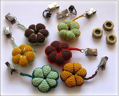 Scrap-Shop: Tischdeckenbeschwerer (Not in English) Diy Crochet And Knitting, Crochet Home, Crochet Motif, Crochet Flowers, Free Crochet, Crochet Patterns, Tablecloth Weights, Outdoor Tablecloth, Scrap Store