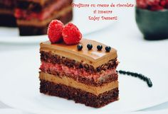 Chocolate cake and raspberries Romanian Food, Romanian Recipes, Chocolate Cake, Raspberry Chocolate, Dessert Recipes, Desserts, Cake Cookies, Afternoon Tea, Sweet Recipes