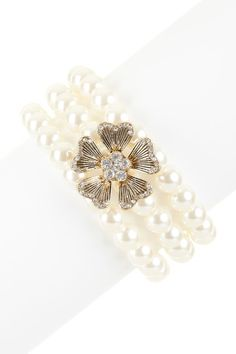 Only $21.00 50% off MSRP today only!  Flower Pearl Bracelet by Day to Night: Jewelry Event on @HauteLook