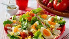 Sommersalat mit Joghurt-Dressing