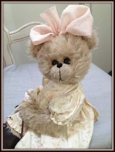 Lyn by By Shaz Bears | Bear Pile