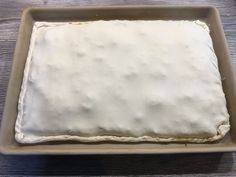 ᐅ recipe minced meat cake ⇒ oven wizard - Pampered Chef - Empanada cake. Puff pastry filled with minced meat and cheese. Cake Recipes Without Oven, Cake Recipes From Scratch, Easy Cake Recipes, Drink Recipes, Quiche, Meat Cake, Cake Oven, Easy Vanilla Cake Recipe, Stew Meat Recipes