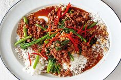 Stir-fried char siu pork mince with broccolini: This speedy stir-fry is full of fabulous Asian flavours.(read comments: half the wine, don't at salt or soy, add char sui to taste) Mince Recipes, Pork Recipes, Asian Recipes, Recipies, Quick Recipes, Family Recipes, Family Meals, Yummy Recipes, Healthy Recipes