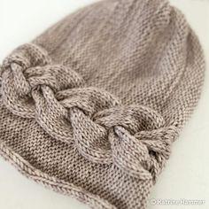 Sideways Braid Beanie Knitting Pattern Download https://www.craftsy.com/knitting/patterns/sideways-braid-beanie/468726?cr_linkid=Pinterest_Knit_OP_PAID_PATTERN_250TopPatterns&cr_maid=103660&regMessageId=17&cr_source=Pinterest&cr_medium=Social%20Engagement