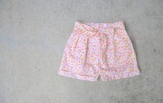 C&C: Floral pleated shorts with a bow
