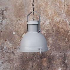 Suspension industrielle acier couleur Béton