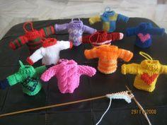 Cyn's Crochet & Knitting Corner: Miniature Sweaters