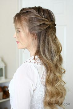 Who's ready for something new? After a ton of regular braided hairstyles I t… – Picture Lab Who's ready for something new? After a ton of regular braided hairstyles I t… Who's ready for something new? After a ton of regular braided hairstyles I t… , Wedding Hair Half, Wedding Hair And Makeup, Bridal Hair, Down Hairstyles, Easy Hairstyles, Wedding Hairstyles, Evening Hairstyles, Romantic Hairstyles, Hairstyles Pictures