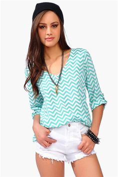 Sultan Blouse - Mint/White - what a pretty top! Definitely wear with bottoms rather than underwear shown here. Fashion Wear, Love Fashion, Fashion Outfits, Womens Fashion, Spring Summer Fashion, Spring Outfits, Pretty Outfits, Cute Outfits, Cool Style