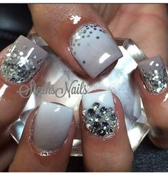 New years nail art, glitter nails, sparkly nails, bling nails, fancy nails New Year's Nails, Get Nails, Fancy Nails, Bling Nails, Sparkly Nails, Work Nails, Glitter Nails, Bling Bling, Fabulous Nails