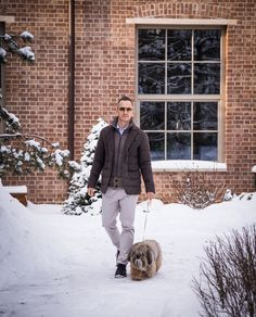 Actor Stepan Mikhalkov (Степан Михалков) wearing a Cashmere-Silk Blazer while walking with his cute pet. ‪#‎Herno‬ ‪#‎HernoFaces‬ ‪#‎Mikhalocìv‬ ‪#‎Stepan‬ ‪#‎Fw15‬