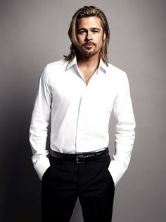 Brad Pitt: Chanel No.: Photo Check out these new images of Brad Pitt looking dapper for his Chanel No. The actor recently shared his thoughts on being… Brad Pitt And Angelina Jolie, Jolie Pitt, Jennifer Aniston, Brad Pitt Pictures, Beautiful Men, Beautiful People, Nice People, Gorgeous Guys, Oklahoma