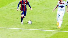 The perfect Messi Control Fall Animated GIF for your conversation. Discover and Share the best GIFs on Tenor. Football Tricks, Football Gif, Football Memes, Soccer Gifs, Soccer Memes, Play Soccer, Soccer Coaching, Soccer Training, Fc Barcelona