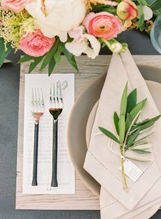Hemstitch Napkins with Industrial Place Settings and Organic Details | Jodi and Kurt Photography | http://heyweddinglady.com/socal-chic-modern-ranch-wedding/