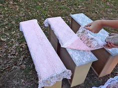 Para decorar frentes de cajones de muebles: puntillas y pintura en aerosol...
