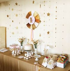 Gold Glitter Star themed birthday party Full of Really Cute Ideas via Kara's Party Ideas