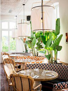 1930s House Interior, Cafe Interior Design, Scandinavian Interior Design, Contemporary Interior, Deco Restaurant, Restaurant Design, Eclectic Restaurant, Home Design, Design Design