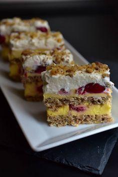 Sweet Desserts, No Bake Desserts, Sweet Recipes, Delicious Desserts, Baking Recipes, Cake Recipes, Dessert Recipes, Lucky Cake, Romanian Desserts