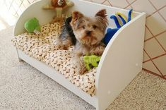 Pin on Dogs Pet Beds, Dog Bed, Dog Hotel, Wood Dog, Dog Rooms, Dog Crafts, Pet Furniture, Animal Projects, Animal Fashion