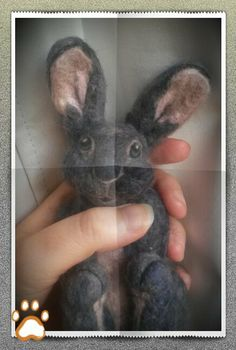 Photo tutorial for needle felt bunny