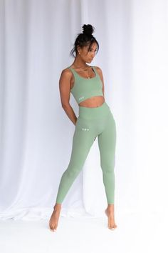 Ladies Gym Wear, Gym Wear For Women, Cute Gym Outfits, Sporty Outfits, Fitness Outfits, Gym Clothes Women, Gym Clothing, Athletic Clothes, Workout Clothing