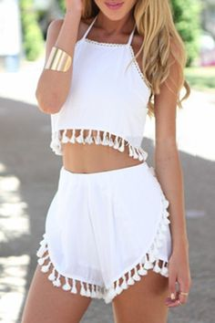 Stylish Halter Sleeveless Crop Top + Fringe Embellished Shorts Women's Twinset ideen for teens frauen shorts outfits Teen Fashion Outfits, Trendy Fashion, Girl Fashion, Casual Outfits, Girl Outfits, Fashion Clothes, Fashion Trends, Boho Outfits, Casual Shorts