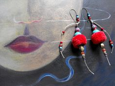Boucles d'oreilles ethniques rouges et bleues /Vitalité : Boucles d'oreille par mlb-creations