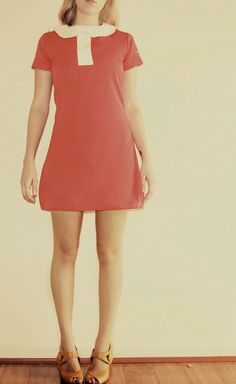 Red and white twiggy style 60's shift dress with peter pan collar mod vintage style