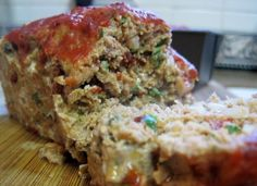 Dukan Diet Recipe Chipotle Turkey Meatloaf - just sub almond meal for the oat bran and I'm gluten free to go! :)