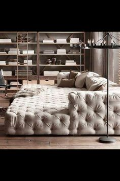King size day bed. Looks so comfy!