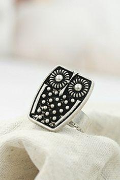 Studded Retro Owl Ring #Romwe
