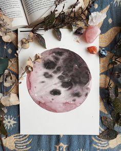 Original Red Moon 9'x 12'