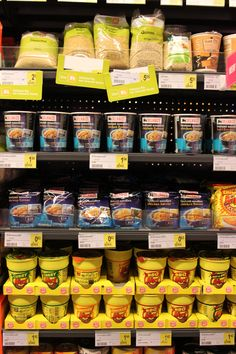 Concept 'verpakkingen' Foto: huismerk vs merk