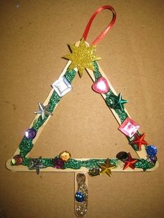 MACARONI CRAFTS: CRAFT STICK ORNAMENTS  A Fun and Easy Craft Using Kids Imagination