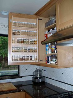 Spice Rack Ideas for Both Roomy or Cramped Kitchen and Other Rooms. Tags : Kitchen spice storage, Kitchen rack design and DIY storage ideas for kitchen. Kitchen Ikea, Kitchen Pantry, New Kitchen, Kitchen Decor, Awesome Kitchen, Ranch Kitchen, 1950s Kitchen, Narrow Kitchen, Cheap Kitchen