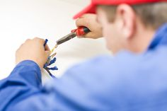 Hiring a Qualified Electrician in Boca Raton: Why is it Important?