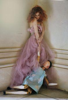 Karen Elson by Tim Walker for British Vogue, April 2008 Those eyes!