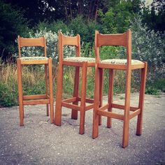 Has anyone bar at home ? Have a nice day ! #vintage #interiors #industrial #design #loft #retro #vintageshop #sklepvintage #poznan #hocker #barstool #krzesło #stuhl #chair #chairs #krzesłobarowe #wnętrza #old #antiques #starocie #brocante #flea #old